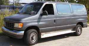 ~1994 ford e350 box van with steering wheel that moves all
