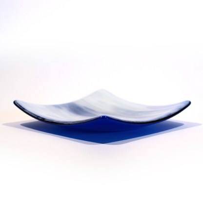 Emma Monceaux Ocean 14 square plate medium profile 2020