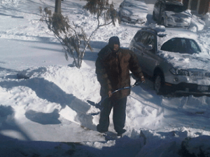HOW BAD IS THE ECONOMY?  Well 50 Cent is Charging $100 to Shovel Your Driveway This Winter