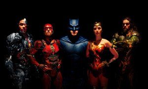'Justice League' (review by Leyla Mikkelsen)