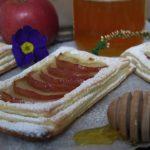 Pasta sfoglia veloce con mele e miele