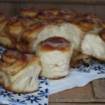 Cinnamon rolls, le girelle lievitate alla cannella