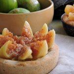 Crostata al rosmarino con mascarpone e fichi