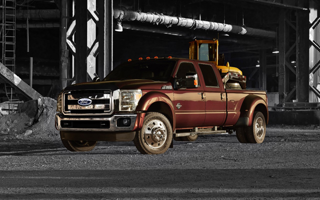 2015_FordF-450_SuperDuty_slider