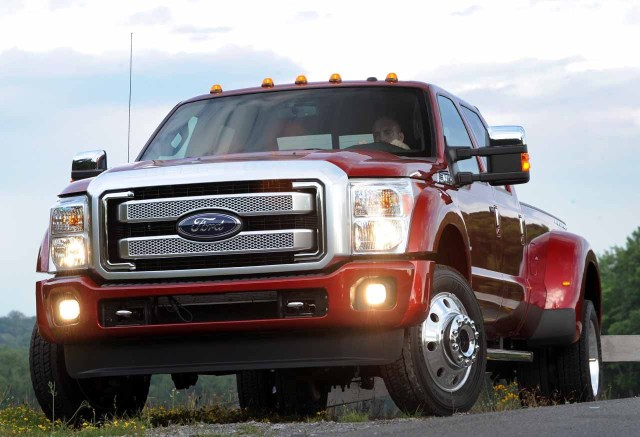 2015-FORD-SUPER-DUTY2