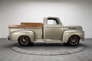 1949-Ford-F1-Pickup-Truck_289320_low_res