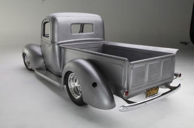 1941-ford-pickup-rear