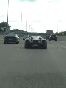 2017-ford-gt-spied-on-the-highway-in-michigan-looks-absurdly-cool-in-traffic_4