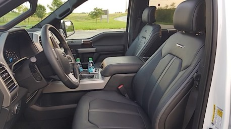 2015 Ford F-150 Platinum Review - 2015-07-01 20.08.53