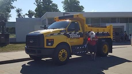 Ford F-750 Tonka Mighty Diesel - 2015-07-30 09.54.38