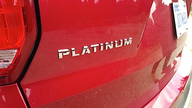 2016 Ford Explorer Platinum  Review - 20150903_094104