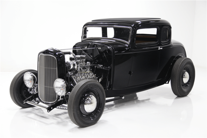 1932_ford_5-window_3_quarter_front