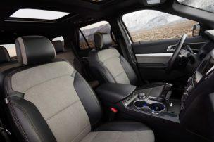 2017 Ford Explorer XLT Sport Appearance Package 14