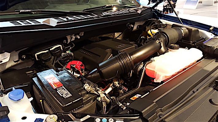 2017 Ford Raptor Engine >> Under The Hood Of The 2017 Ford Raptor Ford Trucks Com