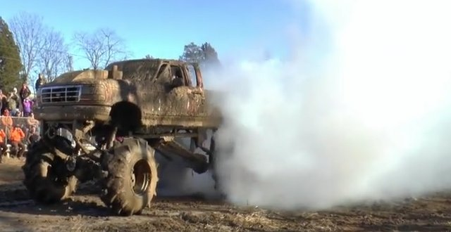 ford monster mud truck burnout