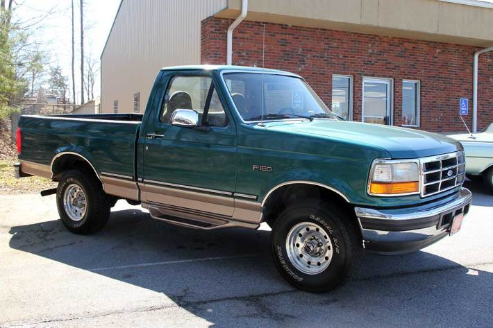 1996-Ford-F150-4x4-Eddie-Bauer-Edition-Right-Side
