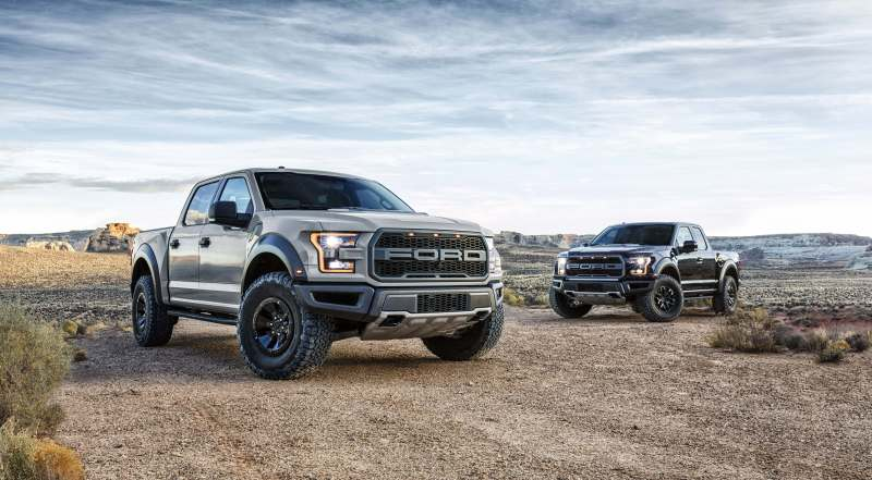ford-raptor-supercrew-2017-cliffs