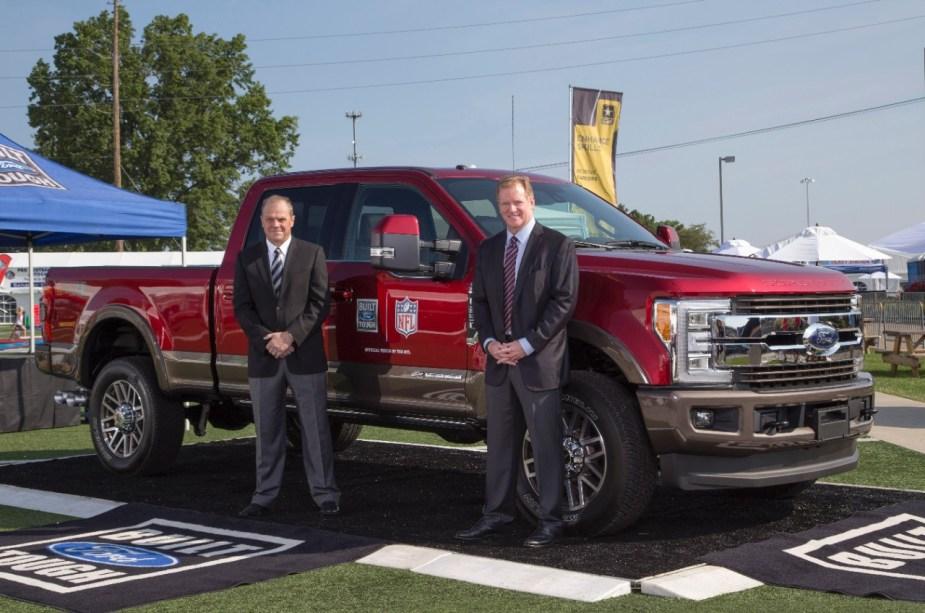 Mark-LaNeve-NFL-Commissioner-Roger-Goodell