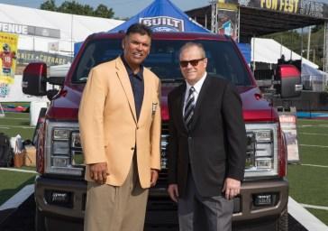 Mark-LaNeve-NFL-Hall-of-Famer-Anthony-Munoz
