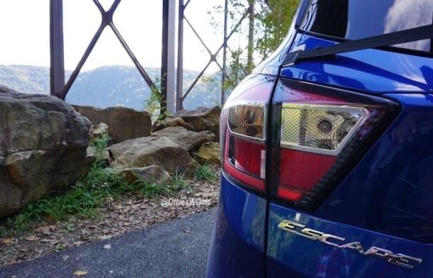 2017-ford-escape-ecoboost-titanium-review-4
