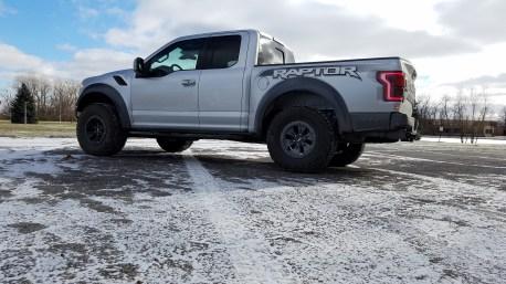 Ford Raptor (side profile)