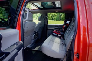 2017-ford-f-150-xlt-jerry-perez-9