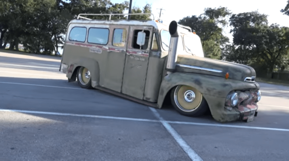 """'52 Ford F2 """"Straight Jacket Express"""""""