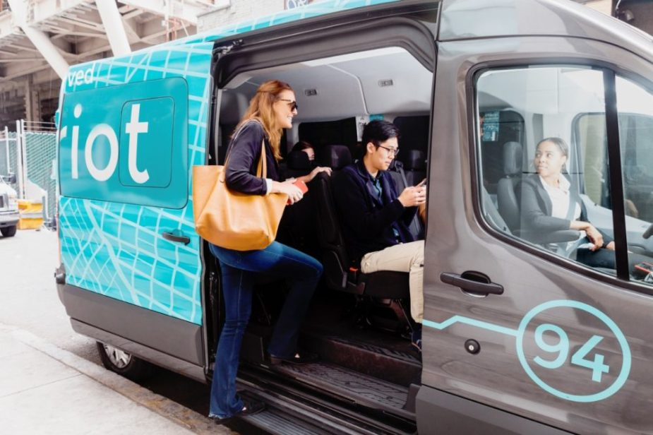 Chariot Ford Transit collecting commuters