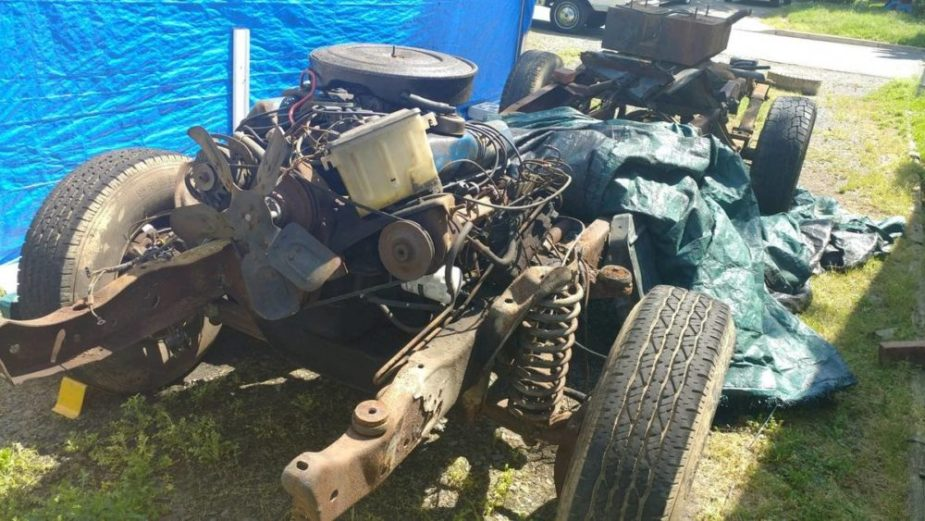 1974 Ford F-250 2WD Rolling Chassis
