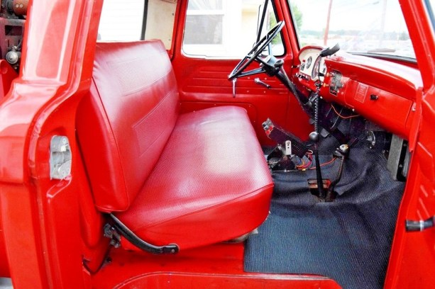 1965 Ford F-350 Quick Attack Fire Truck