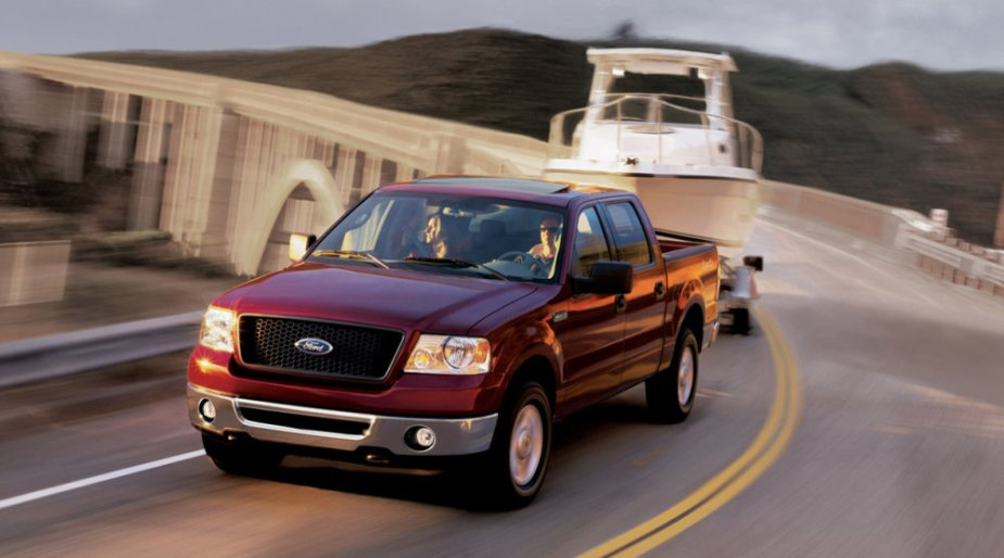 2006 Ford F-150 Pulling a Boat