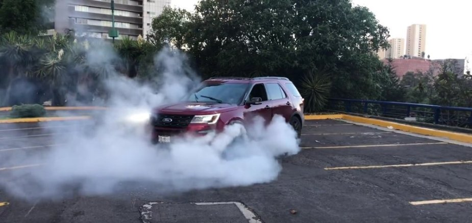 2017 Ford Explorer Sport Burnout Early