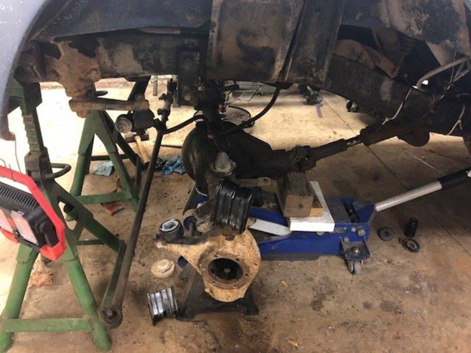 1970 Bronco Front Suspension Apart
