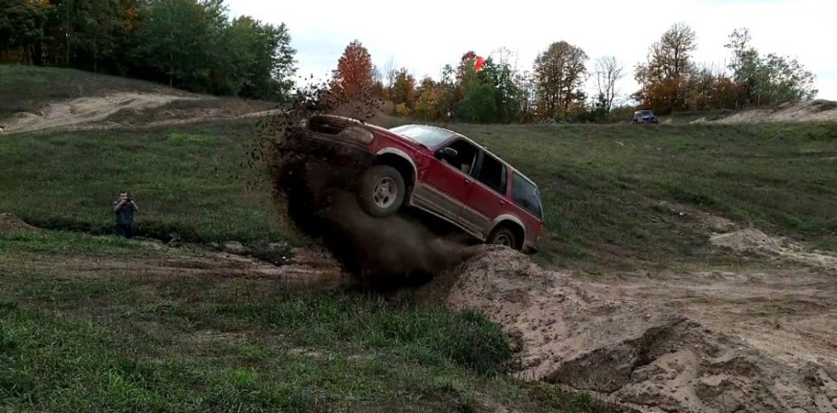 1999 Ford Explorer Jumping