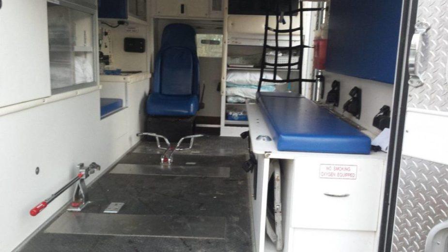 2004 Ford E-Series Ambulance