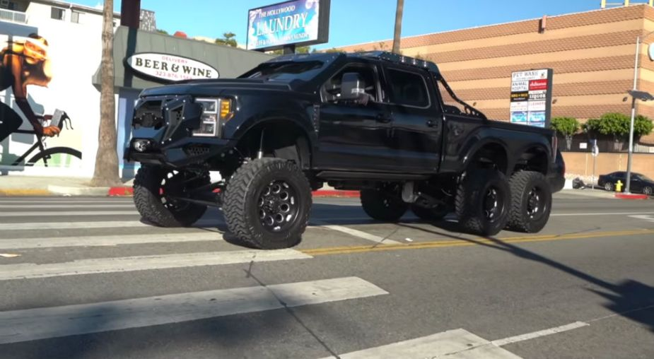 Ford F-550 6x6