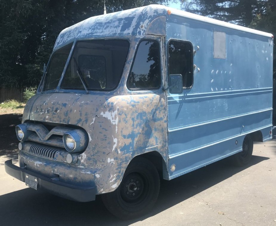 1962 Ford P-350 Bread Truck Front 3/4