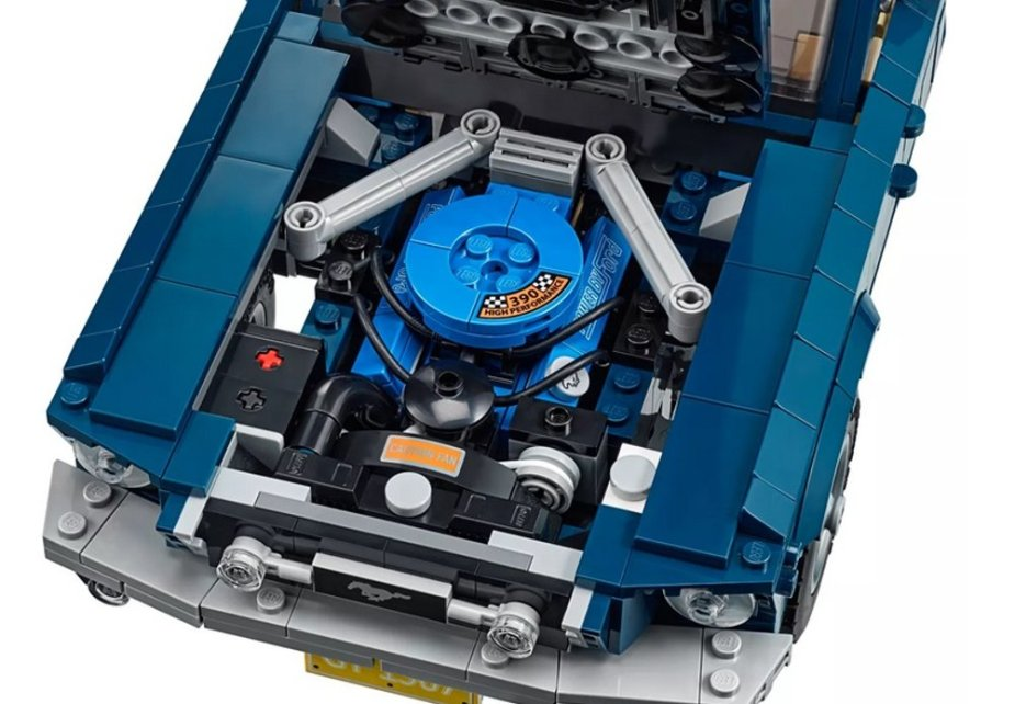 1967 Ford Mustang Lego Engine