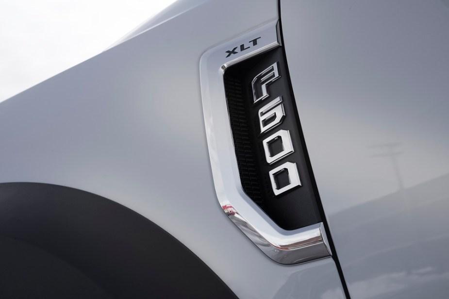 2020 F-600 badge