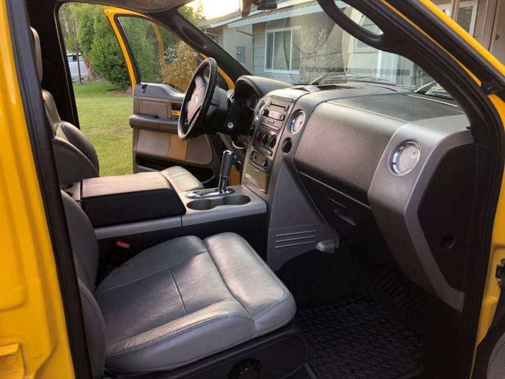 2004 ford f 150 in bright yellow