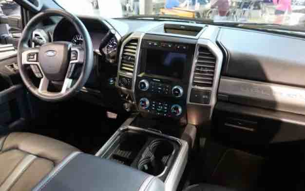 2020 Ford F150 Sneak Peek, 2020 ford f 150 raptor release date, 2020 ford f150, 2020 ford f150 concept, 2020 ford f150 rumors, 2020 ford f150 redesign, 2020 ford f150 spy photos,