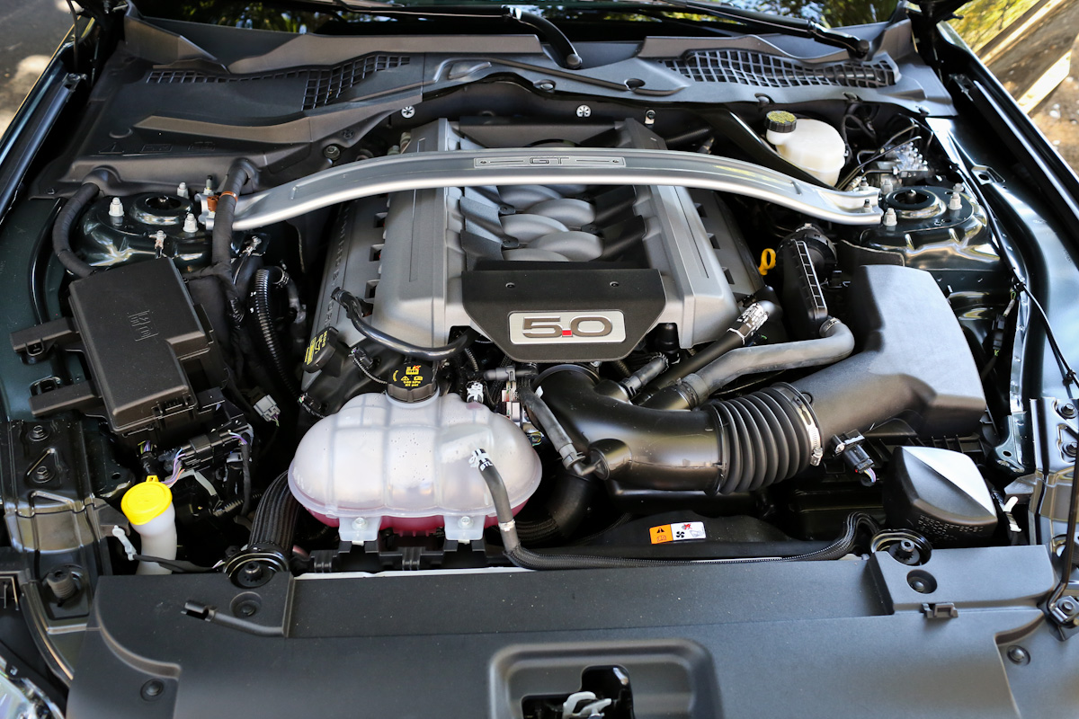 hight resolution of inside the 2015 mustang s 5 0l coyote and 2 3l ecoboost engines fordnxt