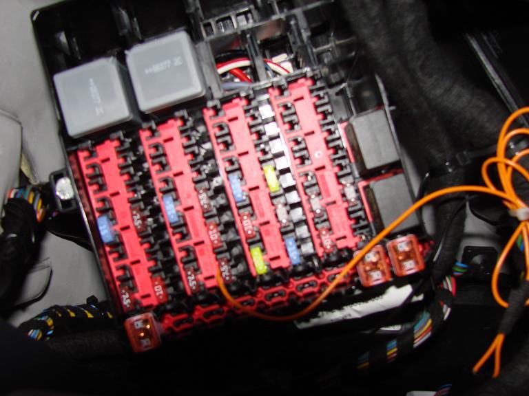 ford fiesta mk7 headlight wiring diagram nissan almera 2004 stereo fuse box schematic ranger