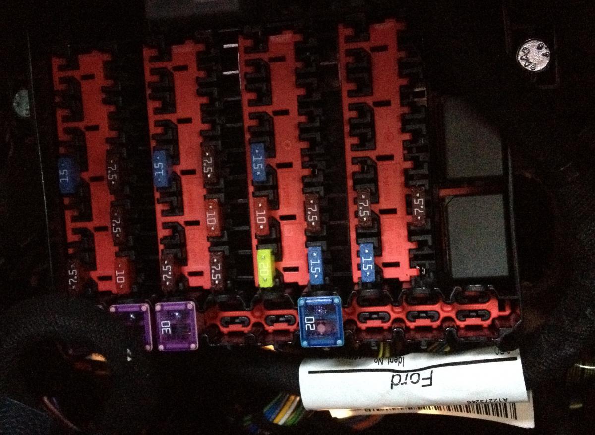 ford fiesta mk6 audio wiring diagram 1995 chevy silverado fuse box on 2003 all data cigarette lighter library 2011 st