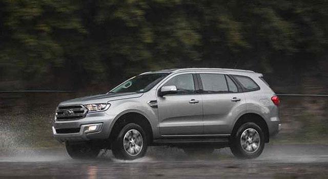 2018 Ford Everest titanium