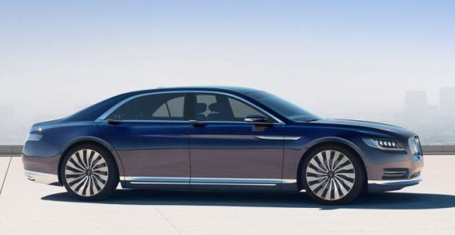 2019 Lincoln Continental side