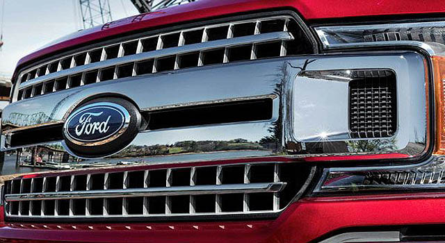 2019 Ford F-150 Hybrid front