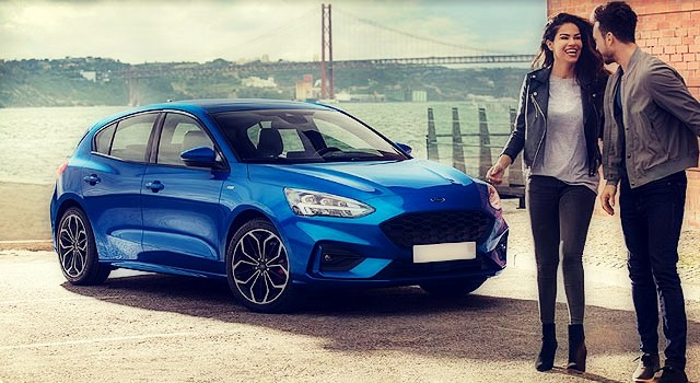 2020 Ford Focus ST side front
