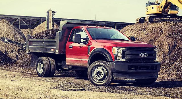 2019 Ford F-550 front end