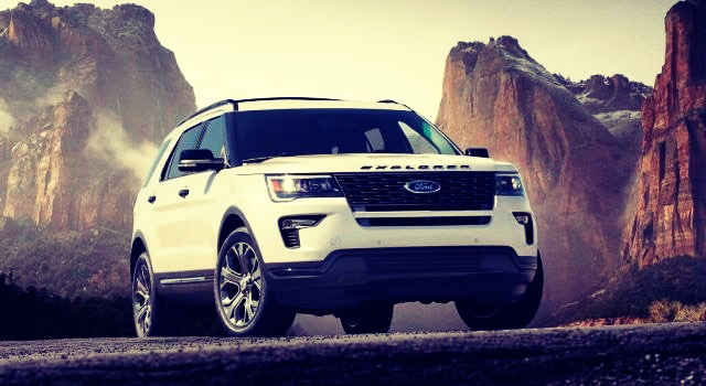 2019 Ford Explorer and Explorer Sport front